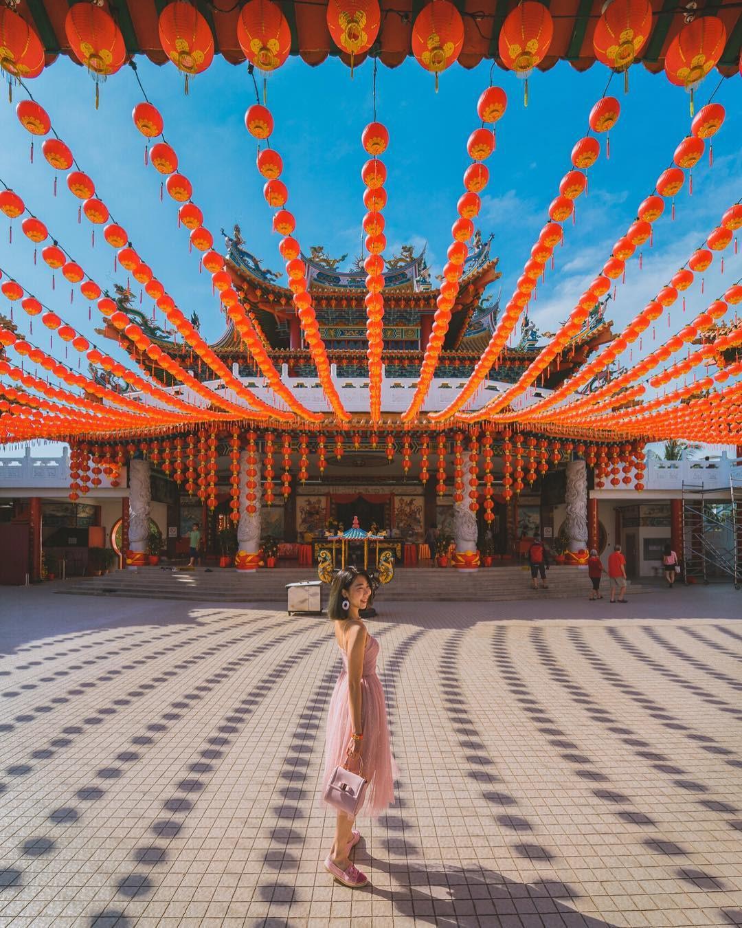 Phát hiện triệu góc check-in thần thánh ở ngôi chùa đèn lồng hot nhất Kuala Lumpur - Ảnh 16.