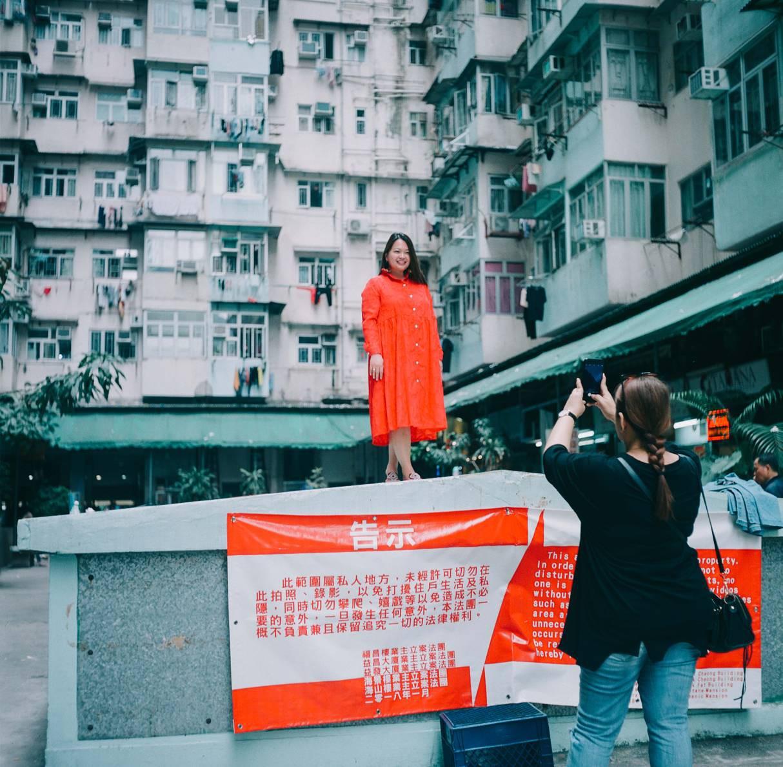 Có một Hong Kong tràn ngập mĩ cảm điện ảnh qua lăng kính của nhiếp ảnh gia người Đài Loan - Ảnh 8.