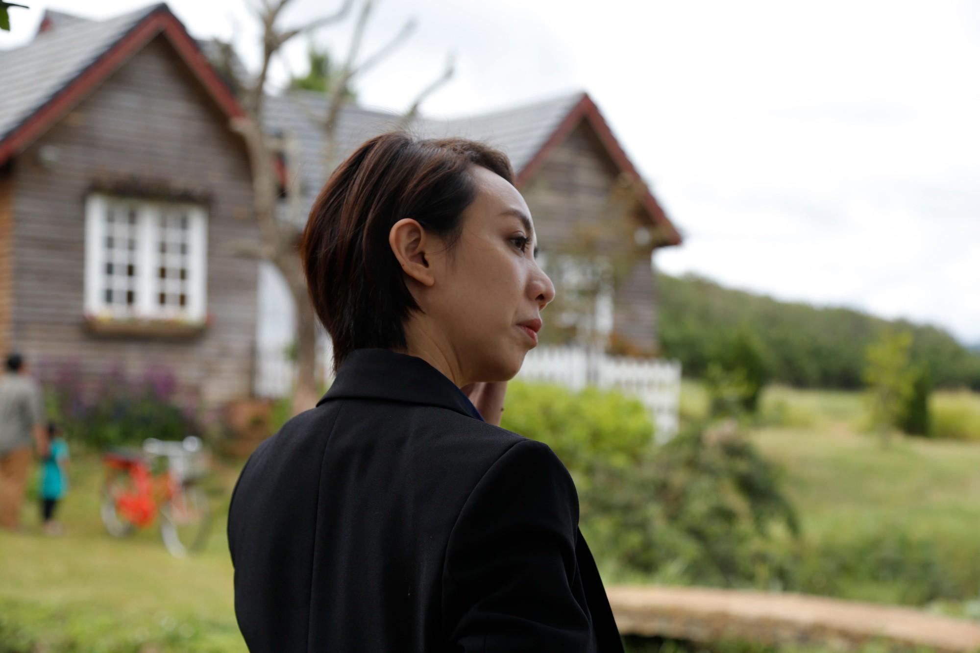 Quyết chơi lớn đầu tư 20 tỷ cho phim điện ảnh, Chị Mười Ba Thu Trang phải tuyên bố cai thuốc lá - Ảnh 4.
