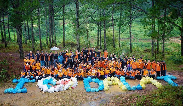 Quán quân Next Top Hương Ly tham gia thử thách dọn rác dưới chân cầu Phú Mỹ: Gia đình, bạn bè nói mình khùng và lì - Ảnh 4.