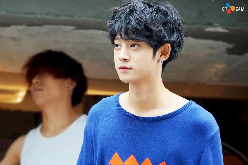 Rùng mình khi xem lại những thước phim phản cảm của bạn thân Seungri sau loạt phốt chấn động - Ảnh 20.