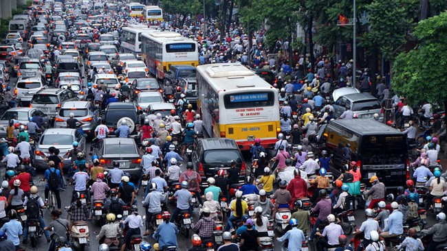Chuyên gia nói hạn chế xe máy là điều tất yếu và câu chuyện cấm xe máy thành công ở nhiều quốc gia trên thế giới - Ảnh 4.