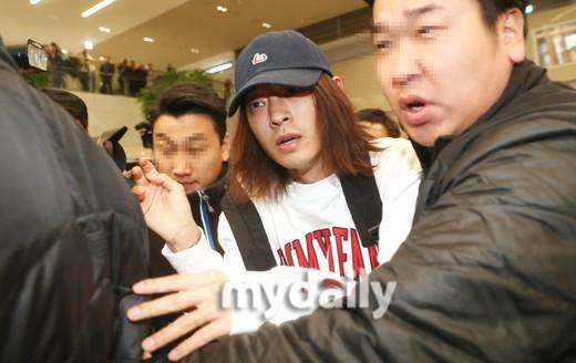 Rùng mình bài đăng netizen về thói quen tình dục của Jung Joon Young năm ngoái: Cảnh báo mà không ai tin! - Ảnh 4.