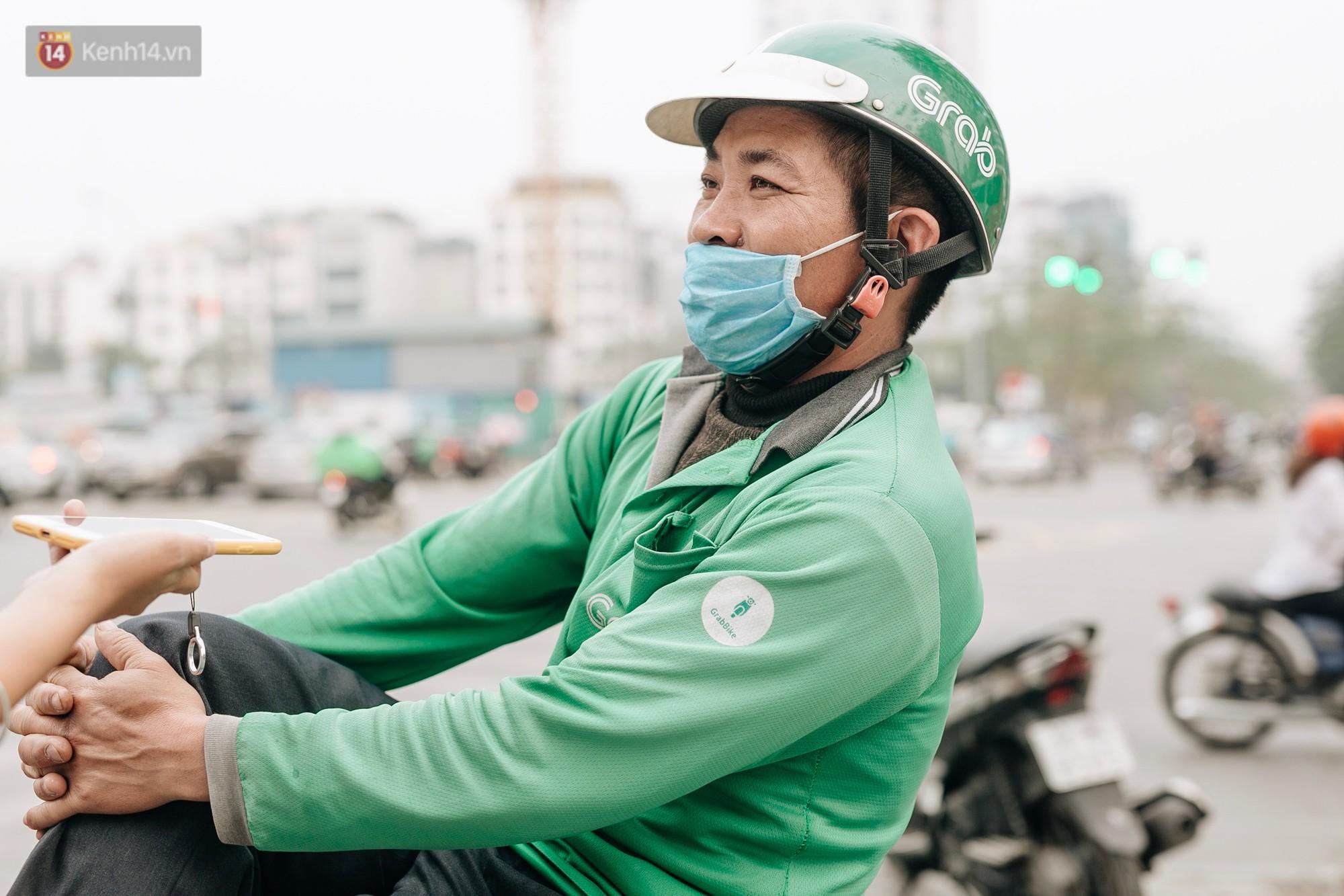 Chuyên gia và người dân nói về thí điểm cấm xe máy trên 2 tuyến đường ở Hà Nội: Phải có lộ trình, sau đó từng bước phát triển hạ tầng, giao thông công cộng - Ảnh 3.