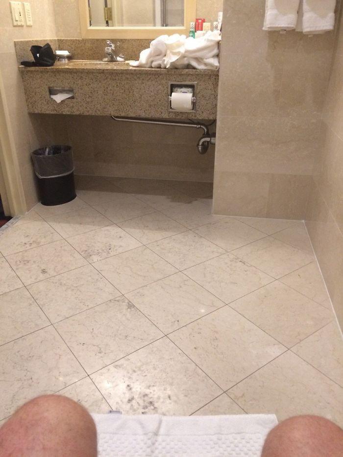 Chùm ảnh: Đi du lịch đừng dại mà ở những khách sạn có thiết kế thảm họa thế này dù rẻ đến mấy - Ảnh 8.
