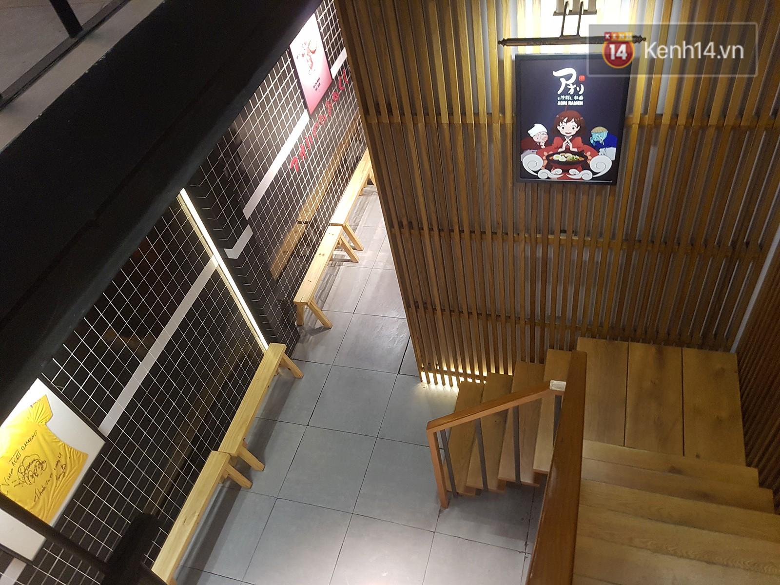 Không hơn gì bên Hàn, quán mì của Seungri tại Việt Nam cũng vắng khách: Đúng là không cần phải chờ nữa rồi! - Ảnh 7.