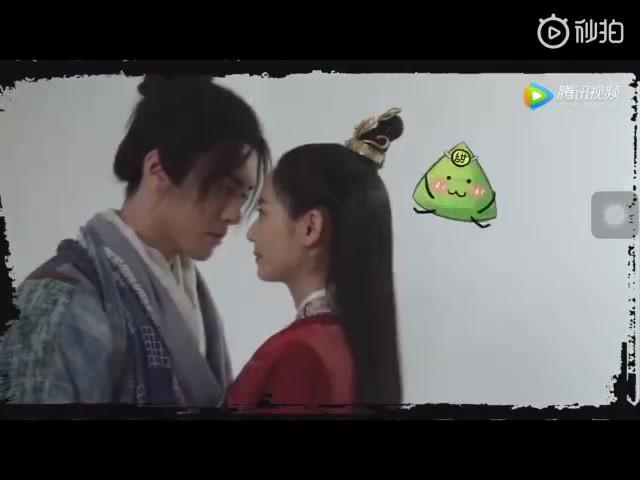 Trên phim toàn mỹ nhân vẩy thính, ai ngờ Trương Vô Kỵ ngoài đời siêu... đơ bên cạnh con gái thế này? - Ảnh 10.