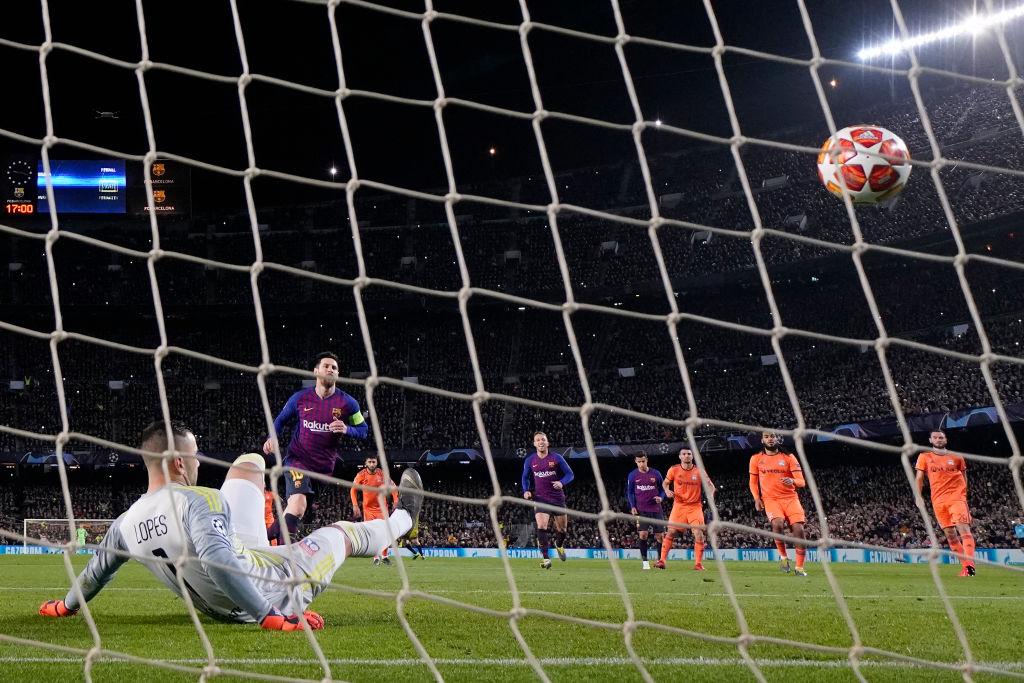 Một ngày sau khi Ronaldo lập cú hat-trick thần thánh, Messi tạo nên thành tích chưa từng có trong sự nghiệp - Ảnh 3.