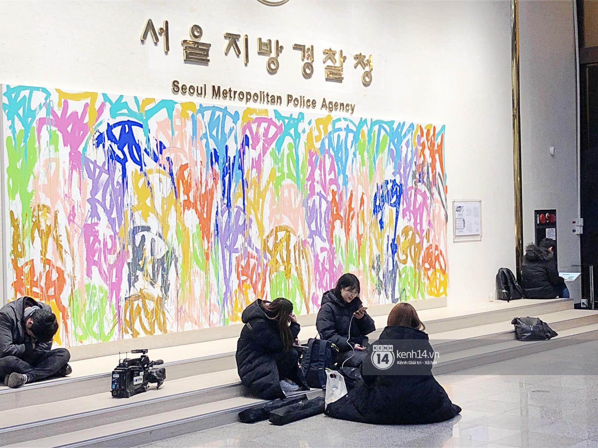 Tường thuật độc quyền từ Hàn Quốc: Seungri, Jung Joon Young chuẩn bị thẩm vấn xong, không khí hiện tại ra sao? - Ảnh 15.