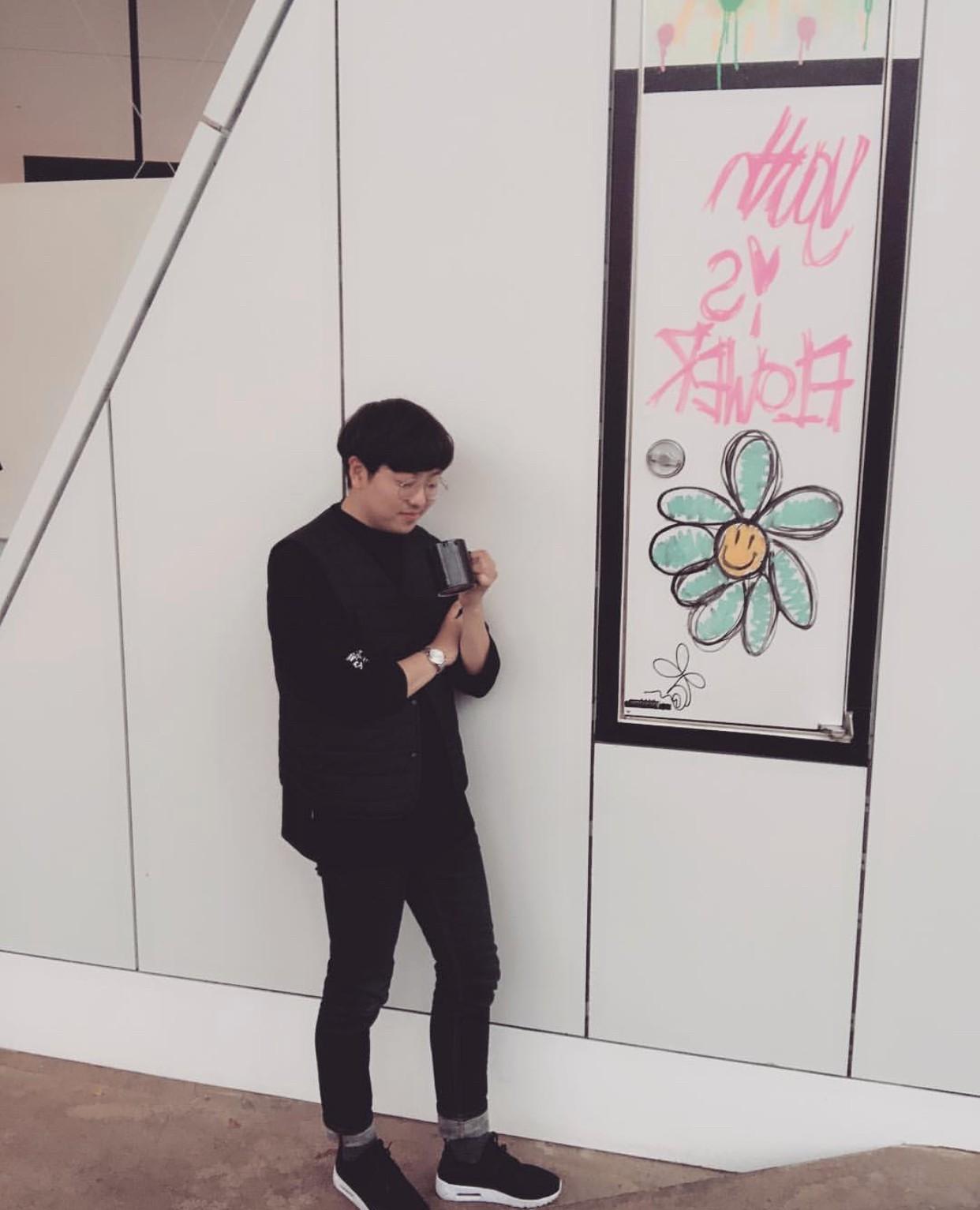 Giữa tâm bão Seungri và những người bạn, quán cà phê tâm huyết một thời của G-Dragon bất ngờ thông báo dừng hoạt động - Ảnh 3.