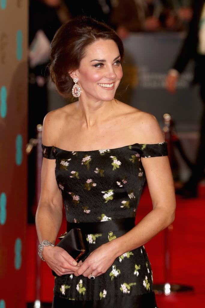 """Kate Middleton khiến dân tình """"phục lăn"""" vì chế lại váy quá sức tài tình, đạt ngưỡng đỉnh cao tiết kiệm như Công nương Diana - Ảnh 3."""