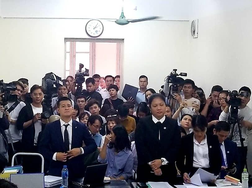 Xét xử tranh chấp bản quyền show thực cảnh Thuở ấy xứ Đoài giữa công ty của chúa đảo Tuần Châu và đạo diễn Việt Tú - Ảnh 1.