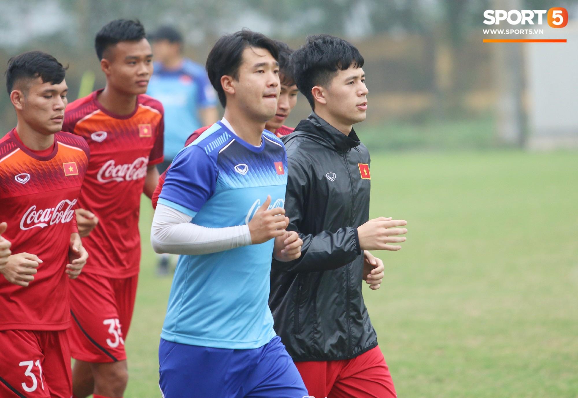 Đình Trọng được thầy Lee Young-jin bổ túc riêng, đẩy nhanh quá trình giảm cân - Ảnh 5.