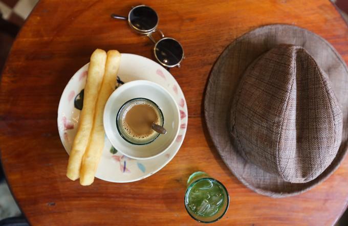 Những cách ăn uống hơi khác thường của người Sài Gòn xưa giờ vẫn được rất nhiều người yêu thích - Ảnh 3.