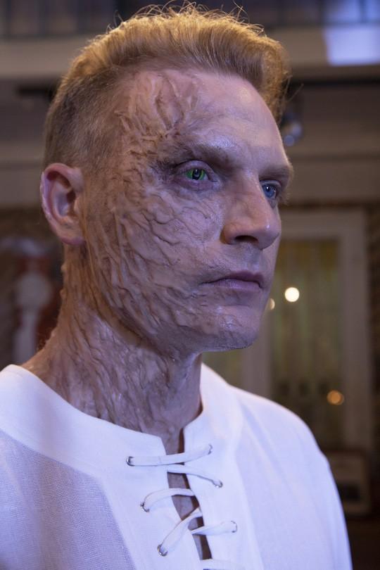 Không thể nhận ra Kyo York trong hình ảnh người đột biến đầy đáng sợ ở sản phẩm mở màn 2019 - Ảnh 8.