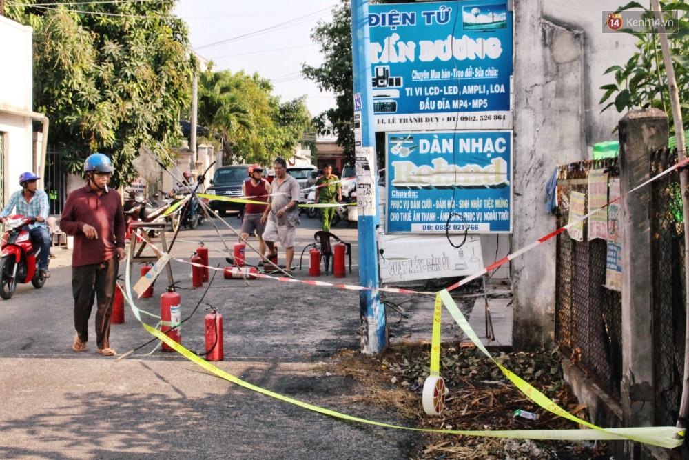 Chùm ảnh: Hiện trường vụ cháy tang thương ở Vũng Tàu khiến bé gái 10 tuổi tử vong cùng bố mẹ - Ảnh 1.
