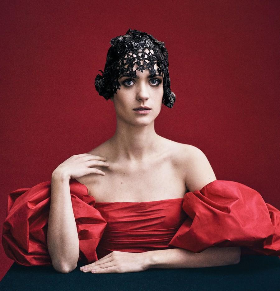 Lên bìa Vogue Mỹ cùng dàn minh tinh thế giới, bao nhiêu thần thái của Angela Baby bay biến sạch sẽ - Ảnh 15.