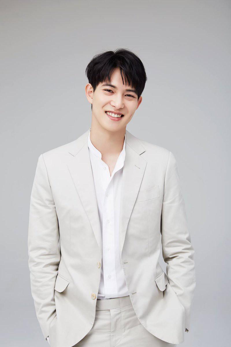 Bê bối của Seungri như một bộ phim truyền hình Hàn Quốc cực hot với đủ mọi quảng cáo, tin tức vây quanh nhưng vẫn khiến khán giả nóng lòng đón chờ - Ảnh 6.