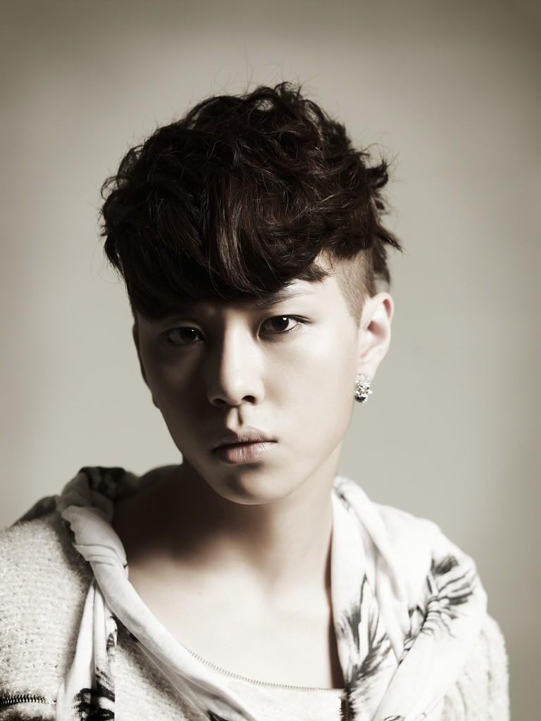 Nhìn lại hoạt động của 3 idol vừa nói lời từ giã Kpop: Người đa tài, sự nghiệp thăng hoa; kẻ mờ nhạt ít ai biết đến - Ảnh 12.