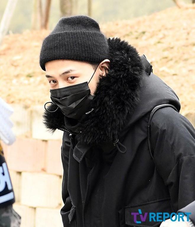 Hiệu ứng domino: G-Dragon và Park Bom bị đào lại bê bối, hàng loạt sao Kbiz liên lụy sau vụ scandal Seungri - Ảnh 4.
