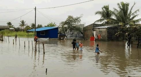Bão Idai tấn công Malawi và Mozambique, 122 người chết - Ảnh 1.