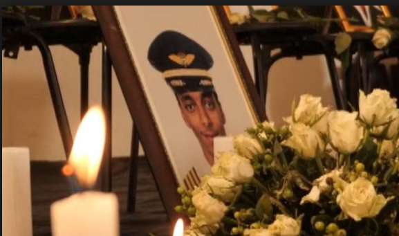 Câu nói cuối cùng của cơ trưởng trước lúc máy bay Ethiopia rơi - Ảnh 1.