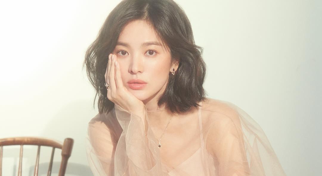 100 gương mặt đẹp nhất châu Á: Lisa bỏ xa Angela Baby - Song Hye Kyo, HH Đặng Thu Thảo và Ngọc Trinh bất ngờ lọt top - Ảnh 17.