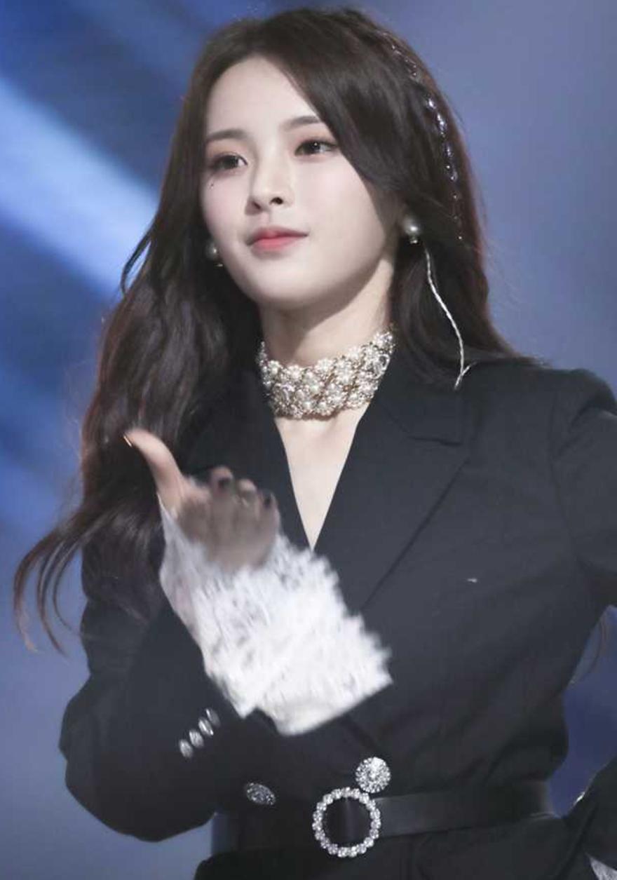 100 gương mặt đẹp nhất châu Á: Lisa bỏ xa Angela Baby - Song Hye Kyo, HH Đặng Thu Thảo và Ngọc Trinh bất ngờ lọt top - Ảnh 3.