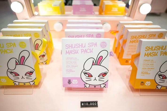 """Trẻ em Hàn Quốc thi nhau trang điểm, mỹ phẩm trở thành """"đồ chơi thế hệ mới"""" - Ảnh 3."""