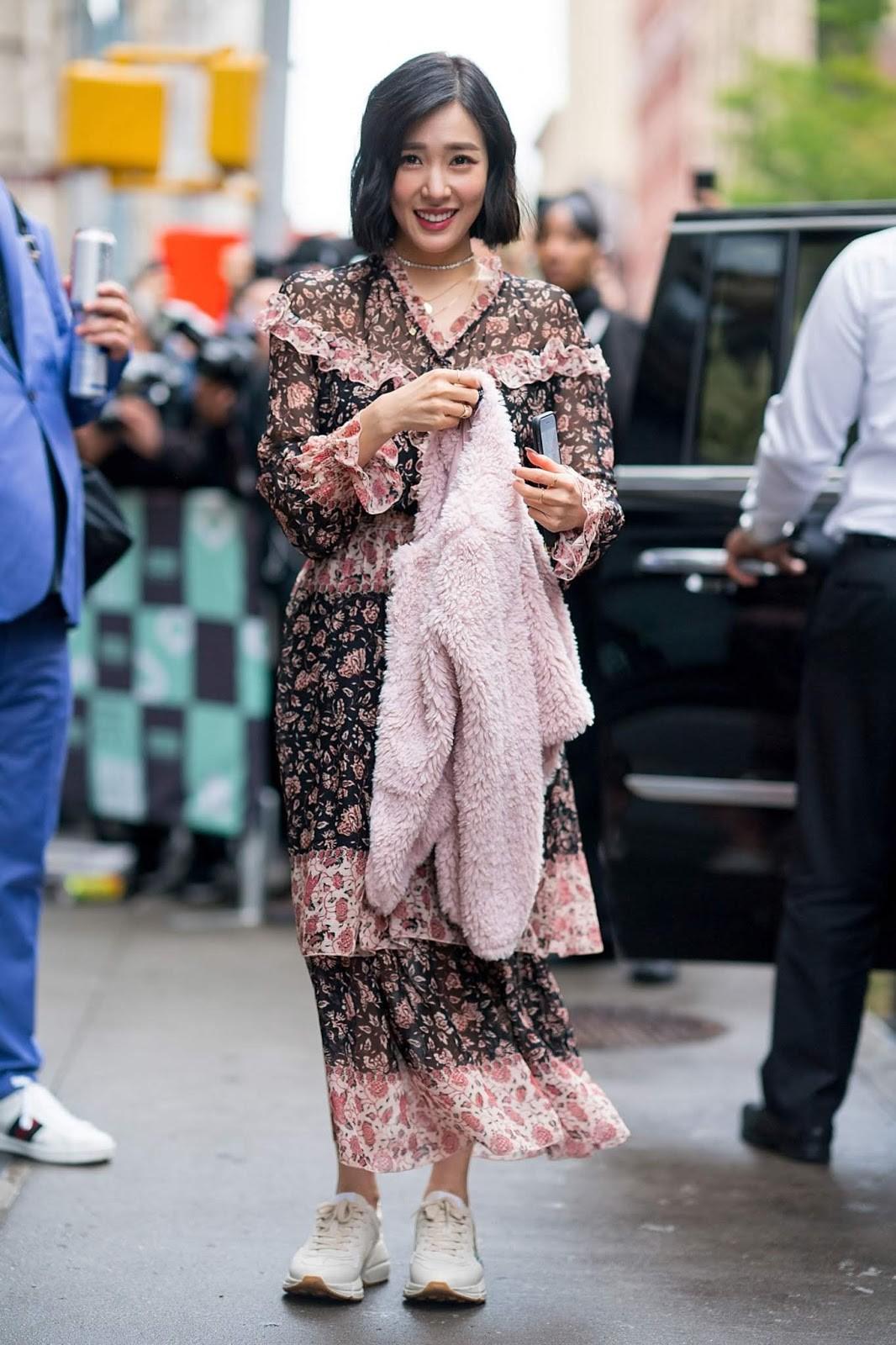 Cứ cái đà ăn mặc này thì sớm muộn Tiffany Young cũng sẽ thành Tiffany Old - Ảnh 5.