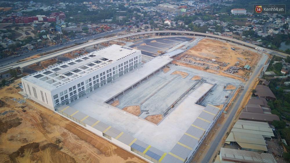 Cận cảnh bến xe Miền Đông lớn nhất Việt Nam đang dần thành hình, tổng vốn đầu tư 4 nghìn tỷ - Ảnh 4.