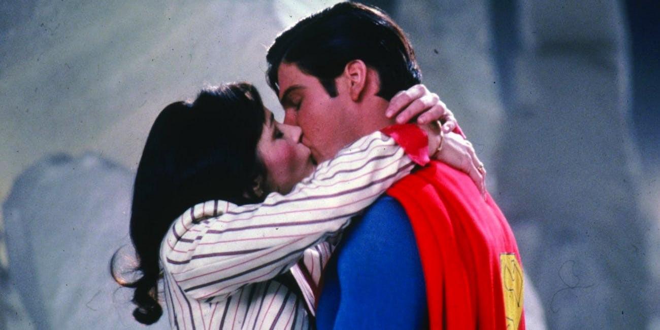 lois-and-superman-in-superman-ii-15527574029461836800663.jpg