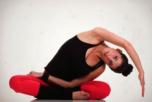 Các bài tập cải thiện vóc dáng, giảm đau cổ vai gáy hiệu quả - Ảnh 5.