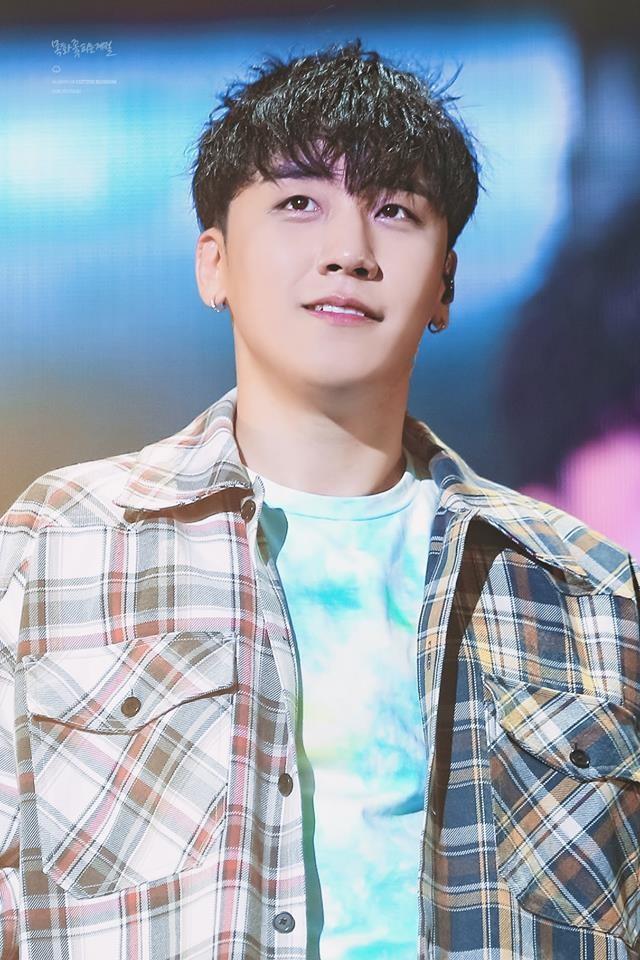 Có nhiều con đường giải nghệ nhưng sao năm nay idol Kpop lại từ giã ánh đèn sân khấu với lí do buồn đến thế? - Ảnh 1.