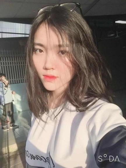 Nữ sinh Thanh Hoá nổi như cồn với bức ảnh thẻ xinh như hotgirl, đã vậy còn học giỏi, hát hay và là cao thủ võ thuật - Ảnh 6.
