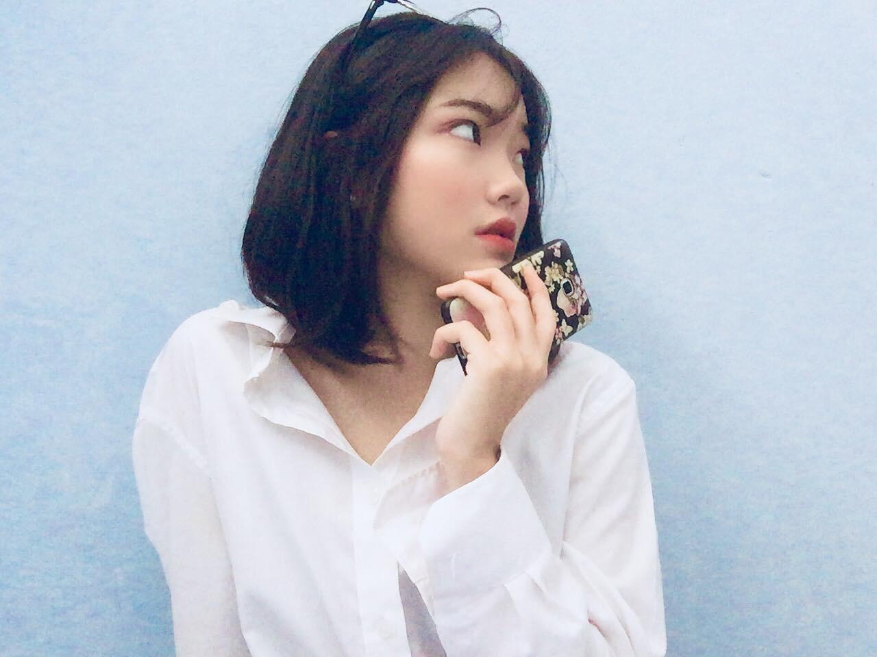 Nữ sinh Thanh Hoá nổi như cồn với bức ảnh thẻ xinh như hotgirl, đã vậy còn học giỏi, hát hay và là cao thủ võ thuật - Ảnh 4.