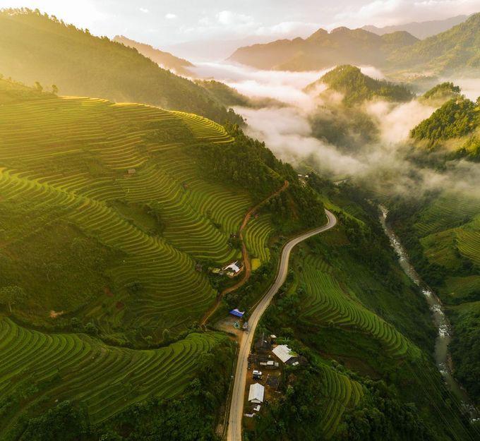 """Bình minh Mù Cang Chải"""" - bức ảnh của nhiếp ảnh gia người Việt lọt top 12 ảnh đẹp trên National Geographic khiến bạn bè quốc tế trầm trồ - Ảnh 1."""