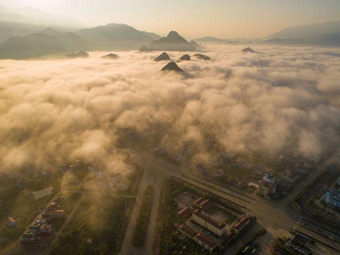 """Bình minh Mù Cang Chải"""" - bức ảnh của nhiếp ảnh gia người Việt lọt top 12 ảnh đẹp trên National Geographic khiến bạn bè quốc tế trầm trồ - Ảnh 6."""
