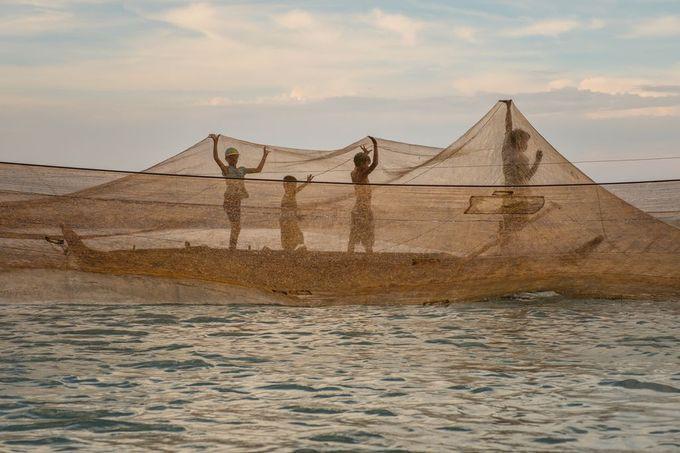 """Bình minh Mù Cang Chải"""" - bức ảnh của nhiếp ảnh gia người Việt lọt top 12 ảnh đẹp trên National Geographic khiến bạn bè quốc tế trầm trồ - Ảnh 14."""