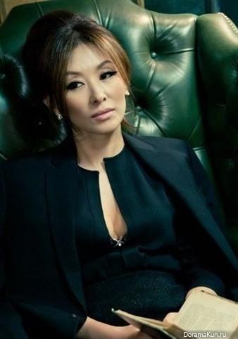 Trước khi dính líu tới vụ tự tử của sao nữ Vườn Sao Băng, quý bà Lee Mi Sook gây sốc từ sự nghiệp đến đời tư - Ảnh 13.
