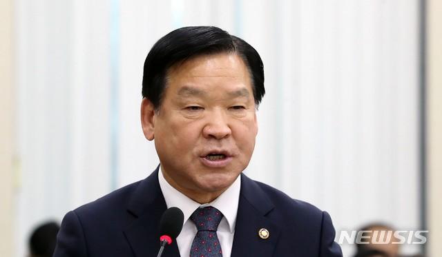 Sức mạnh lời nói của Tổng thống: Vụ án Jang Ja Yeon chính thức được gia hạn, Seungri nộp đơn hoãn nhập ngũ - Ảnh 2.