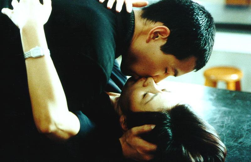 6 tác phẩm điện ảnh vận vào đời của bà mẹ chồng đáng ghét nhất Hàn Quốc Lee Mi Sook - Ảnh 3.