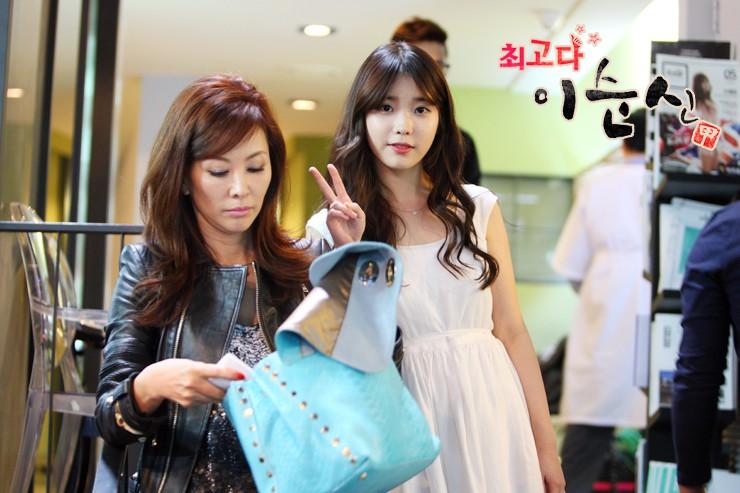 Trước khi dính líu tới vụ tự tử của sao nữ Vườn Sao Băng, quý bà Lee Mi Sook gây sốc từ sự nghiệp đến đời tư - Ảnh 3.