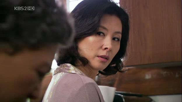 6 tác phẩm điện ảnh vận vào đời của bà mẹ chồng đáng ghét nhất Hàn Quốc Lee Mi Sook - Ảnh 10.