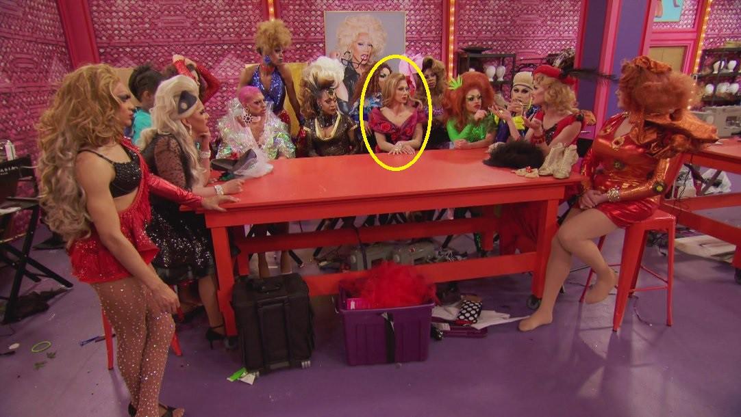 Minh Tuyết chính là nguồn cảm hứng hóa trang của thí sinh người Việt tại show Drag Queen - Ảnh 10.