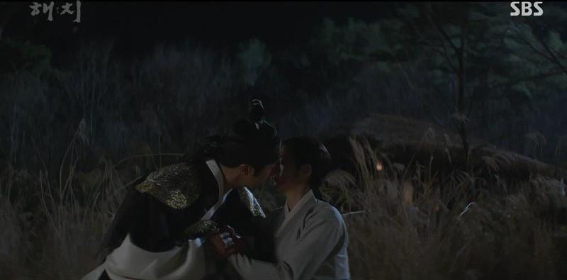 Đáng chú ý nhất phim Hàn hiện nay: Đến 3 trên tổng số 4 đôi trẻ đồng loạt hôn nhau! - Ảnh 4.