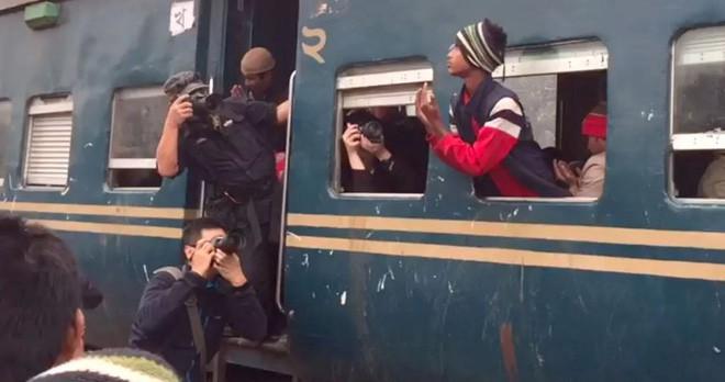 Bức ảnh chụp tại Việt Nam đạt giải thưởng trị giá 120.000 USD gây tranh cãi kịch liệt trong cộng đồng mạng - Ảnh 4.