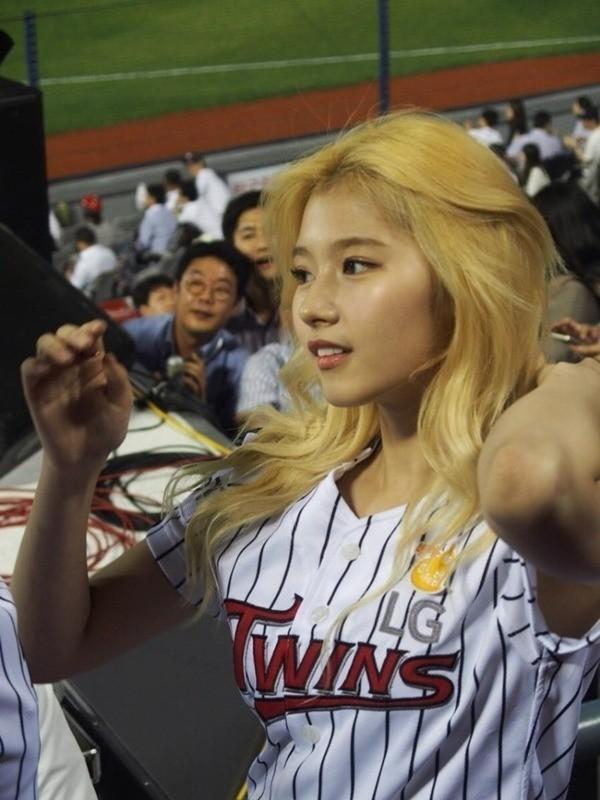 BXH idol nữ đẹp nhất ngoài đời do chính thần tượng bình chọn: Black Pink và Yoona xuất sắc, nhưng hạng 1 mới bất ngờ - Ảnh 6.