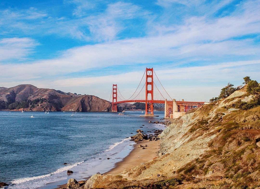Lên hình đẹp là thế nhưng ít ai biết cây cầu này lại được mệnh danh là bãi tự sát của nước Mỹ - Ảnh 4.