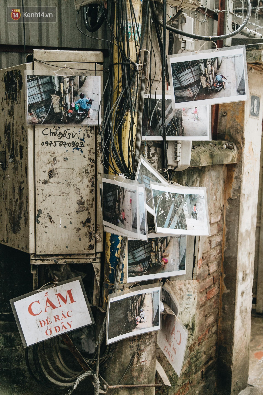 Hình ảnh người xả rác bừa bãi bị dán chi chít trong khu phố ở Hà Nội: Cấm mãi không được chúng tôi mới làm như vậy - Ảnh 4.